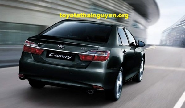 toyota camry phien ban 2016